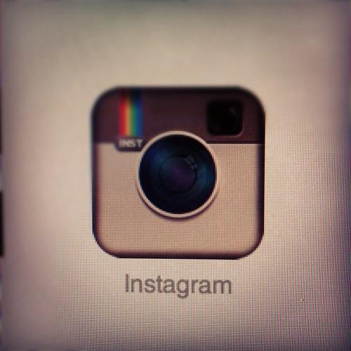 [Instagram] な、なんとユーザ指定がインクリメント検索でできる!ヾ(≧∇≦*)/