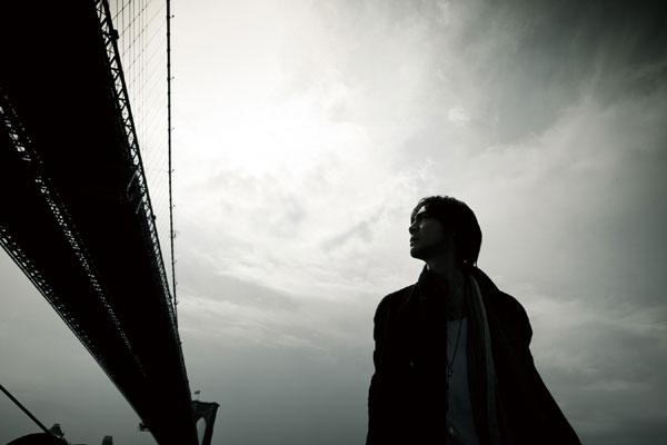 [MusicLog::Vol.64] 買い直し。今聞くと感じ方が変わる / 氷室京介 -『SINGLES』