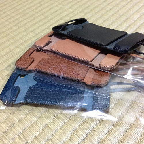 [abicase]バケッタレザー・飴色・試作品 / やっぱりabicaseは自分の中で最高のiPhoneケース