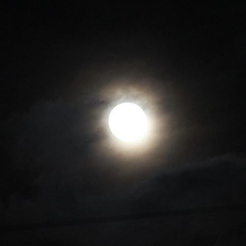 おまけ - デジイチで満月を撮影