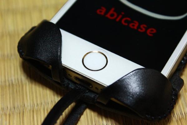 ブラックレザー指紋認証部分 - iPhone 5s用abicase
