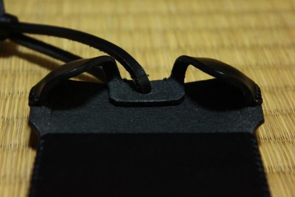 ブラックレザーの指紋認証に合わせた作り - iPhone 5s用abicase