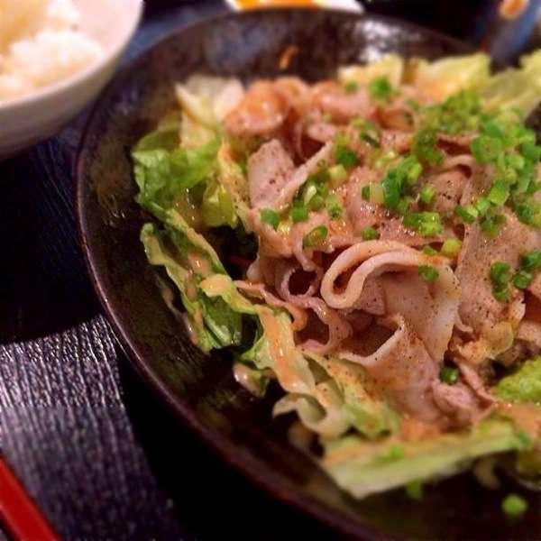 豚しゃぶごまポン酢 - かれー麺実之和 - カレーとラーメンが好きなら1度は食べた方が良い!