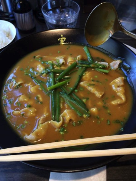 かれーに浸す - かれー麺実之和 - カレーとラーメンが好きなら1度は食べた方が良い!
