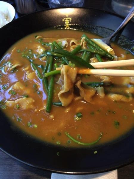 ネギ、豚しゃぶ - かれー麺実之和 - カレーとラーメンが好きなら1度は食べた方が良い!