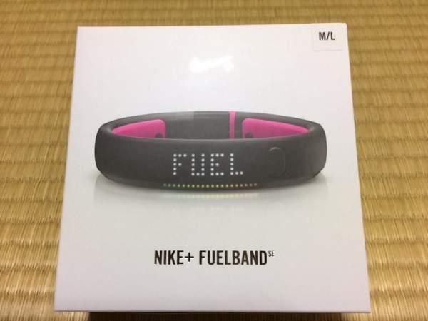 Nike EuelBand SE - Nike FuelBand SEピンクフォイル購入