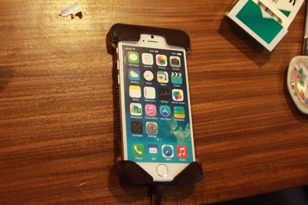 iPhone6のモックに装着したabicase - abicaseが好きのオーナーが集まった『abicaseオーナーズオフ!』楽しかった!/ abicaseの過去・今・未来を感じたオフ会 #abicase
