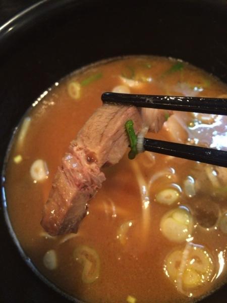 チャーシュー - 大勝軒まるいち(新宿東南口店)のつけ麺を食す! / 安定した味でホッとするつけ麺でした