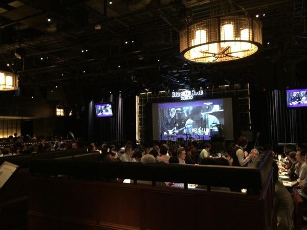 会場内 - Blue Note TokyoでJohn Scofieldのライブを堪能 / Jazz、Jam、Funkとジョンスコ節満載の1時間半に満足 [MusicLogVol.97]