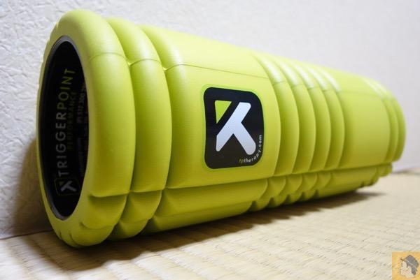 The Grid Foam Roller - 癖になる痛気持ちいい筋膜リリース 徐々にだが足の痛みが緩和されている! オススメツール2選 どう使い分けているのか?