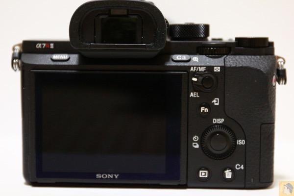 背面 - 初めてのフルサイズミラーレス一眼『Sony α7RⅡ(ILCE-7RM2)』を購入!