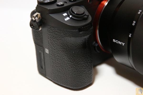 グリップ - 初めてのフルサイズミラーレス一眼『Sony α7RⅡ(ILCE-7RM2)』を購入!